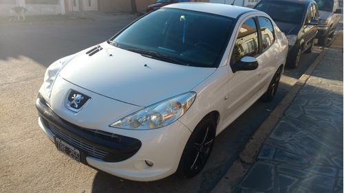 Peugeot 207 2010 1.6 Xt Gnc