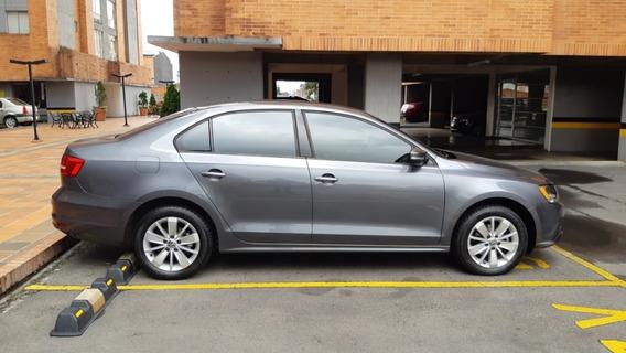 Volkswagen New Jetta Comfortline 2lt