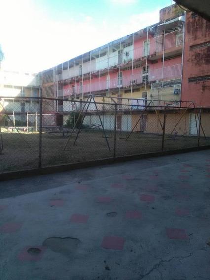 Se Vende Apartamento En Caña De Azucar, 04241765993