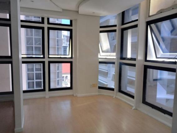 Sala Em Centro, Florianópolis/sc De 64m² Para Locação R$ 2.400,00/mes - Sa323470