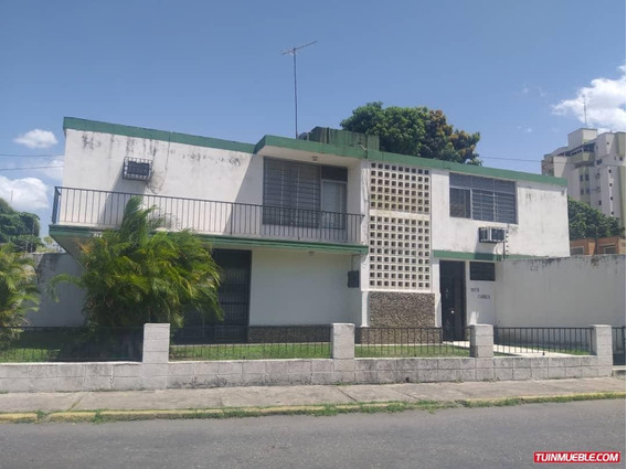 Casas En Venta/ La Soledad/ Yessika B. 04249155109