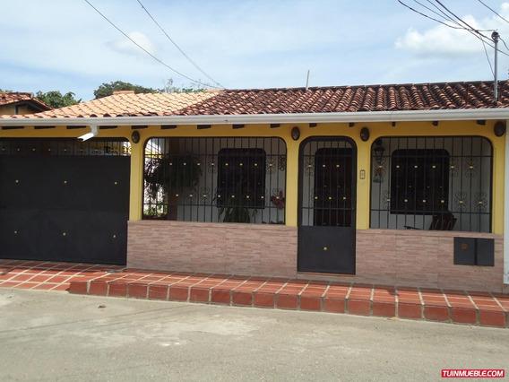 Venta De Hermosa Casa En La Agustin Codazzi