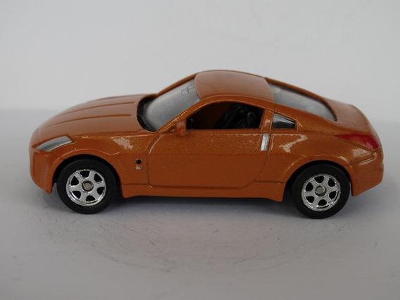 Nissan Fairlady Z - Welly Esc Aprox 1:64 Loose