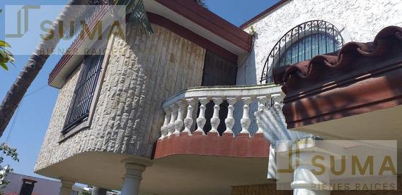 Casa En Venta En Col. Lomas Del Chairel, Tampico.