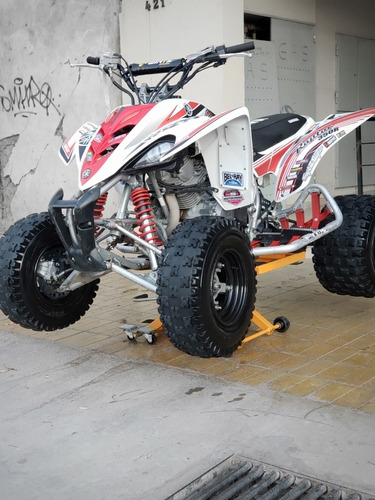 Imagen 1 de 8 de Cuatriciclo Yamaha Raptor 350