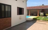 Casa No Centro Com 3 Dormitórios Em Itanhaém/sp 6403-pc