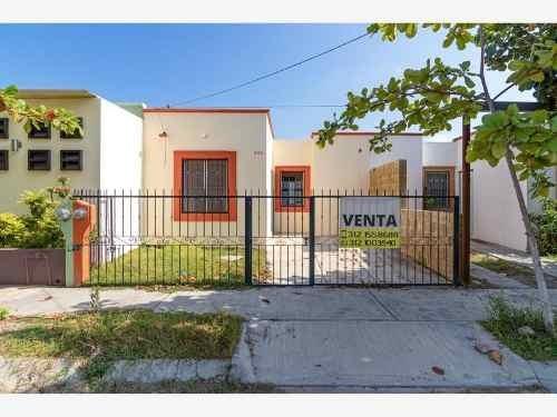Casa Sola En Venta Puerta Del Centenario