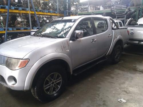 Sucata Mitsubishi L200 Triton 3.2 D 2010 (venda De Peças)