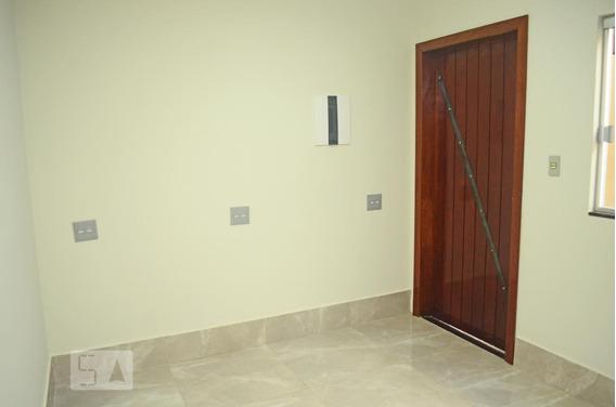 Casa Para Aluguel - Guará, 2 Quartos, 56 - 893017383