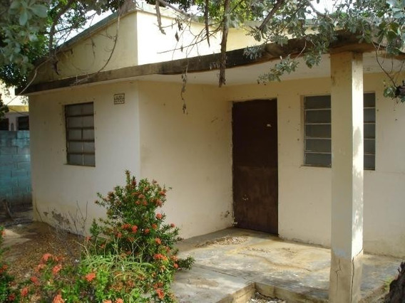 Casas En Venta. Morvalys Morales Mls #20-7148