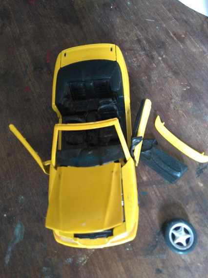 Mustang 1/24 Ótimo Para Fazer Diorama!