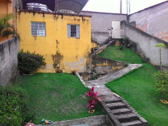 Boa E Versátil Casa Com 3 Casas De Fundo Para Aluguel - 1407