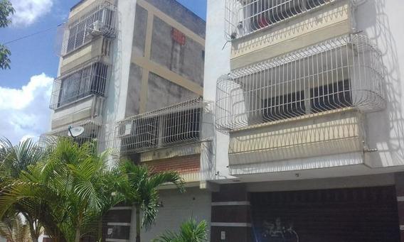 Apartamentos En Venta En Centro Cabudare Lara 20-5885