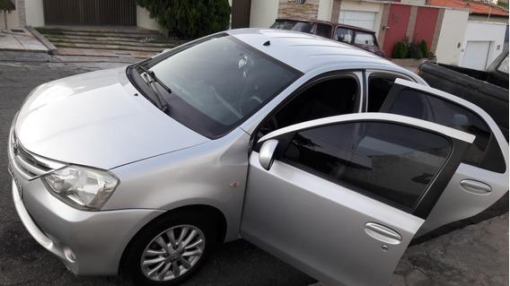 Etios Xls Sedan 1.5 Flex 16v