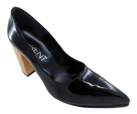Zapato De Dama Clásico En Charol Con Taco De Madera