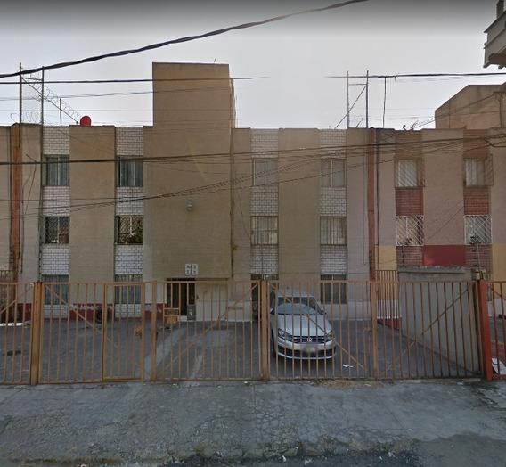 Departamento En Remate Bancario Prados De Aragón