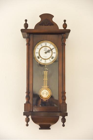 Reloj Antiguo De Pared De Dos Cuerdas