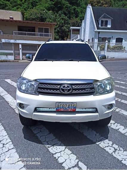 Toyota Fortuner Sr 4*4