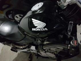 Honda Hornet Preta 2006