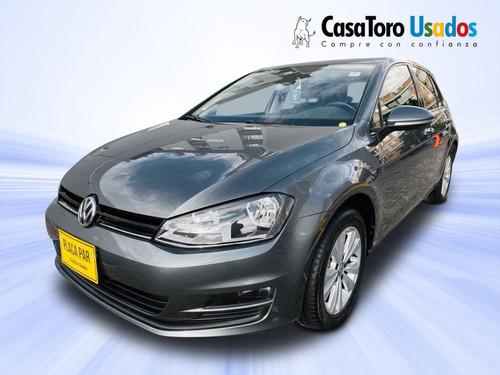 Volkswagen Golf Comfortline 2017 1400cc