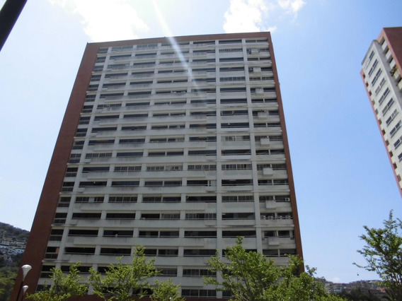 Apartamento En Alquiler Lomas Del Avila Jeds 20-19545
