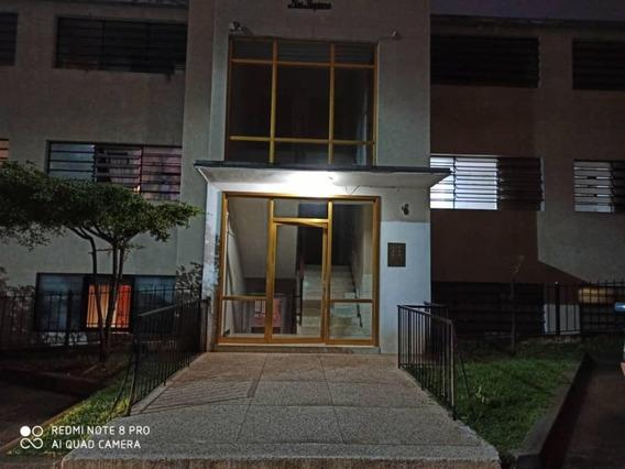 Apartamento En Venta Clnas De Bello Monte