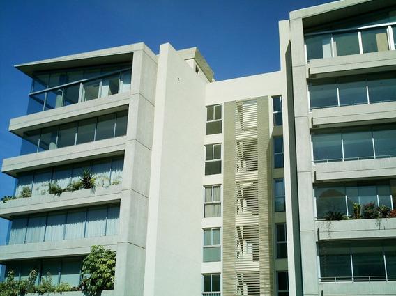 Apartamento Ubicado En Edificacion Exclusiva