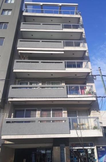 Alquiler De Departamento Monoambiente, La Plata.