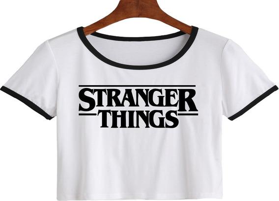 Remera Corta Stranger Things Mujer Logo