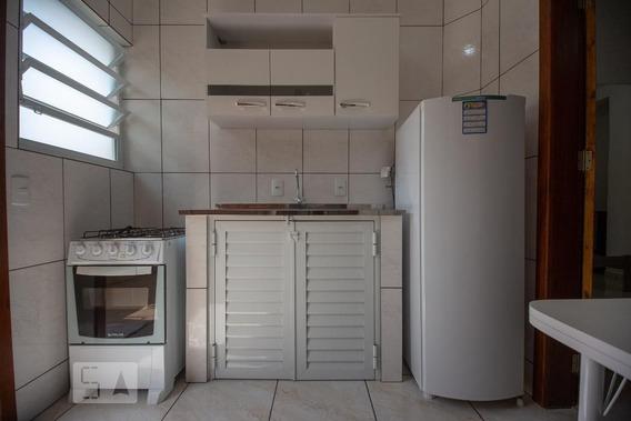 Apartamento No 1º Andar Com 1 Dormitório - Id: 892961097 - 261097
