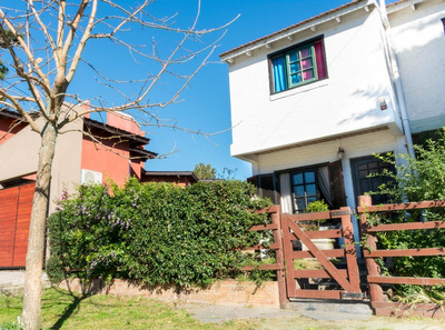 Duplex Barrio Residencial 5 Cuadras Del Mar Y 5 Del Centro.