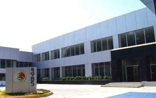 Edificio Moderno Al Sur En Xochimilco