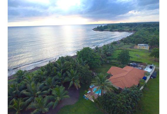 Hermosa Villa Frente Al Mar Caribe En Boca Del Soco