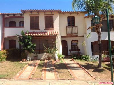 Best House Vende Town House En Porlamar, Edo. Nueva Esparta