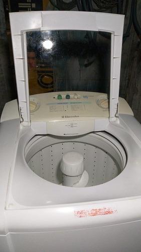 Imagem 1 de 5 de Vender! Máquina De Lavar Roupa.