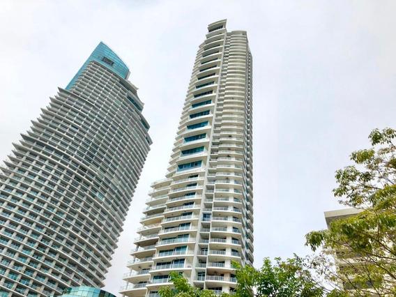 Apartamento En Venta Ph Sky En Balboa Panama 18-7497hel**