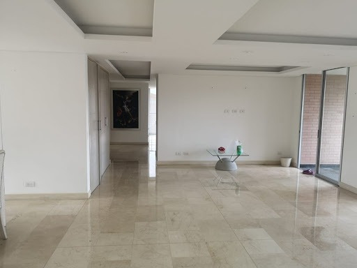 Apartamento En Arriendo Altos Del Poblado 447-9205