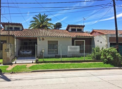 Imagen 1 de 12 de Casa Con Dos Dormitorios En Venta En Ituzaingo Norte