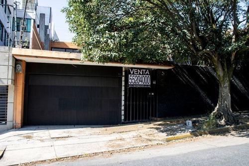 Casa Con Terreno Amplio Para Remodelar