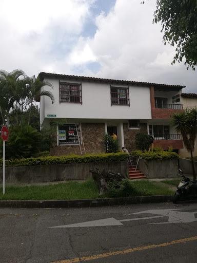 Casas En Venta Santa Monica 472-1104