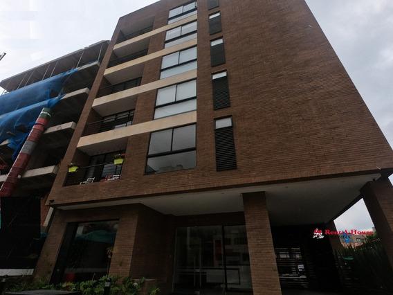 Vendo Apartamento En San Patricio Mls 20-374