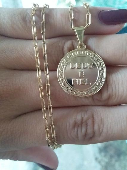 Corrente E Medalha Deus É Fiel Em Semijóia Banhados A Ouro