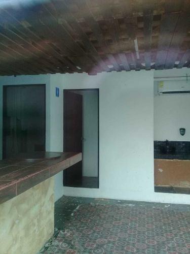 Renta De Oficina Plaza Comercial Av Nichupte Smz 19 Cancun