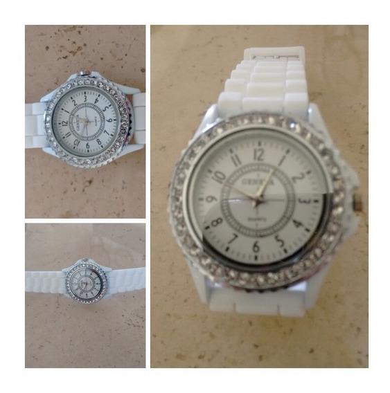Relógio Feminino Branco Com Strass