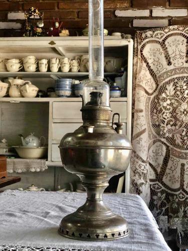 Imagen 1 de 7 de Antigua Lámpara A Querosene Miller Con Su Tulipa Original