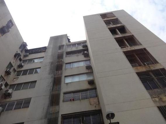 Apartamento En Venta. Ziruma. Mls 20-12408.