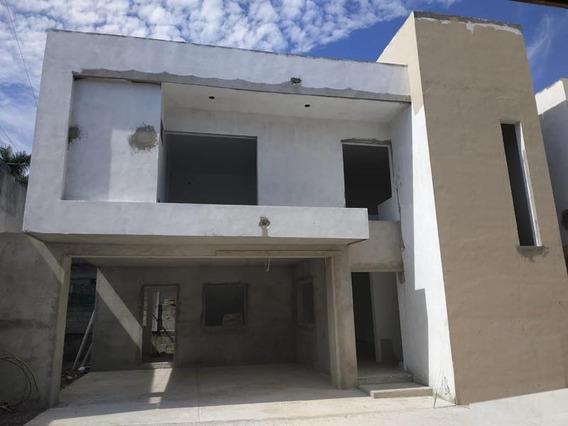 Moderna Casa En Pre-venta Col. Otomi, Tampico