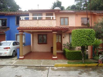 Casa En Renta 2a. Priv. De Kimberlita , Fracc. Res. San Bruno