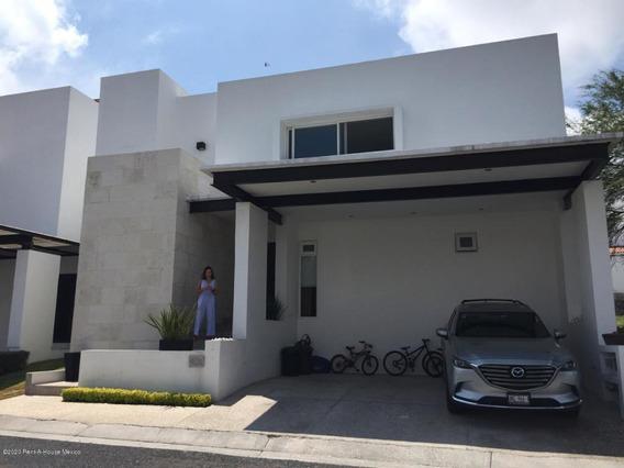 Casa En Venta En Lomas Del Campanario, Queretaro, Rah-mx-20-1604