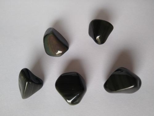Imagen 1 de 1 de Piedra Obsidiana Negra Arco Iris Rolada Nro. 2